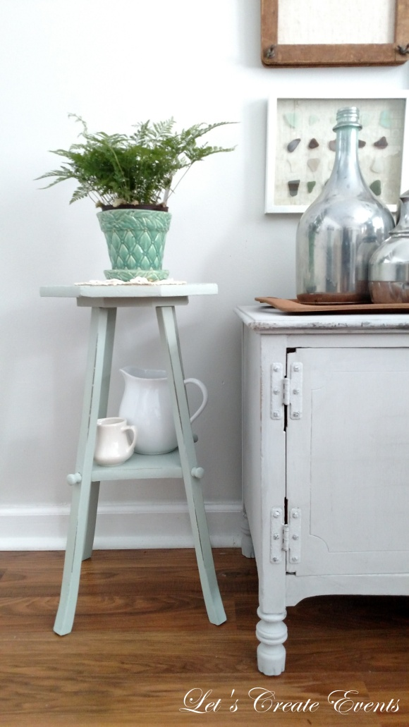 a-cute-little-plant-stand012